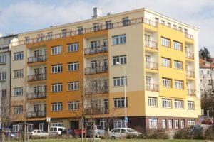 Bytový dům a oprava ploché střechy
