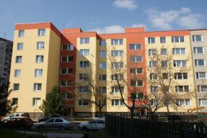 Praha 15, ulice Brichtova, č. 820-1
