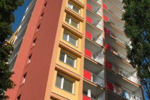 Kompletní rekonstrukce panelového domu