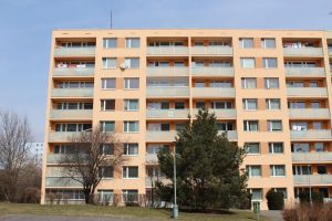 Rekonstrukce panelového domu Chaloupkova